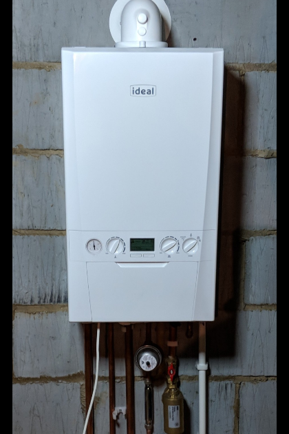 Ideal Logic Max 30 kw Combi Boiler